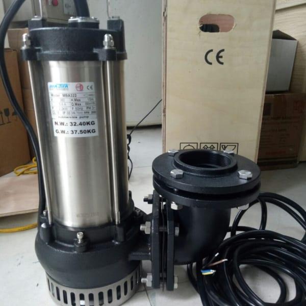 máy bơm nước thải mastra